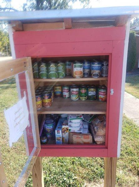 La boîte à bénédictions est une ressource durable pour la communauté  – Caisses en bois – Caisses à Pommes